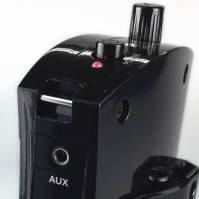 小型ワイヤレスアンプでマイクと録音データを放送
